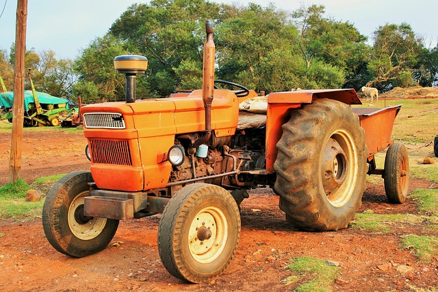 tractor-316155_640
